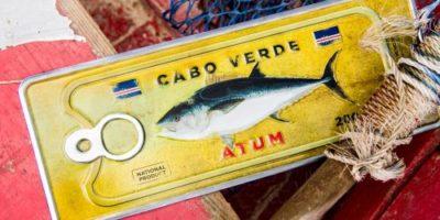 Placa Aluminio Cabo Verde Premium Atum no Fundo Amarelo - Ocean Plates Placas em Aluminio