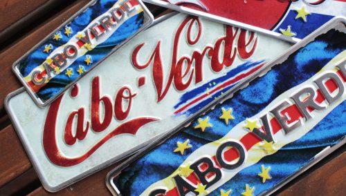 Placa Aluminio Cabo Verde Premium Cabo Verde Vintage Branco - Ocean Plates Placas em Aluminio